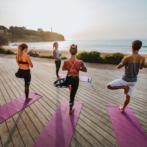 Yoga face à  l'océan © RiBLANC
